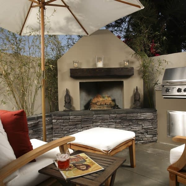 outside-lifestyle-patio-254716.jpg